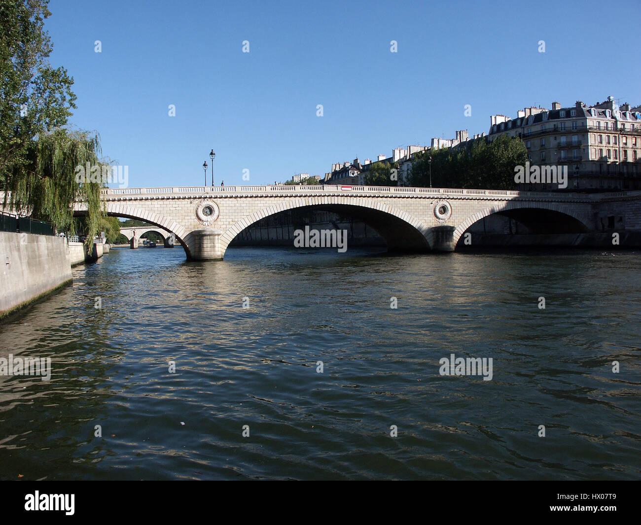 Pont Louis Philippe bridge in Paris - Stock Image