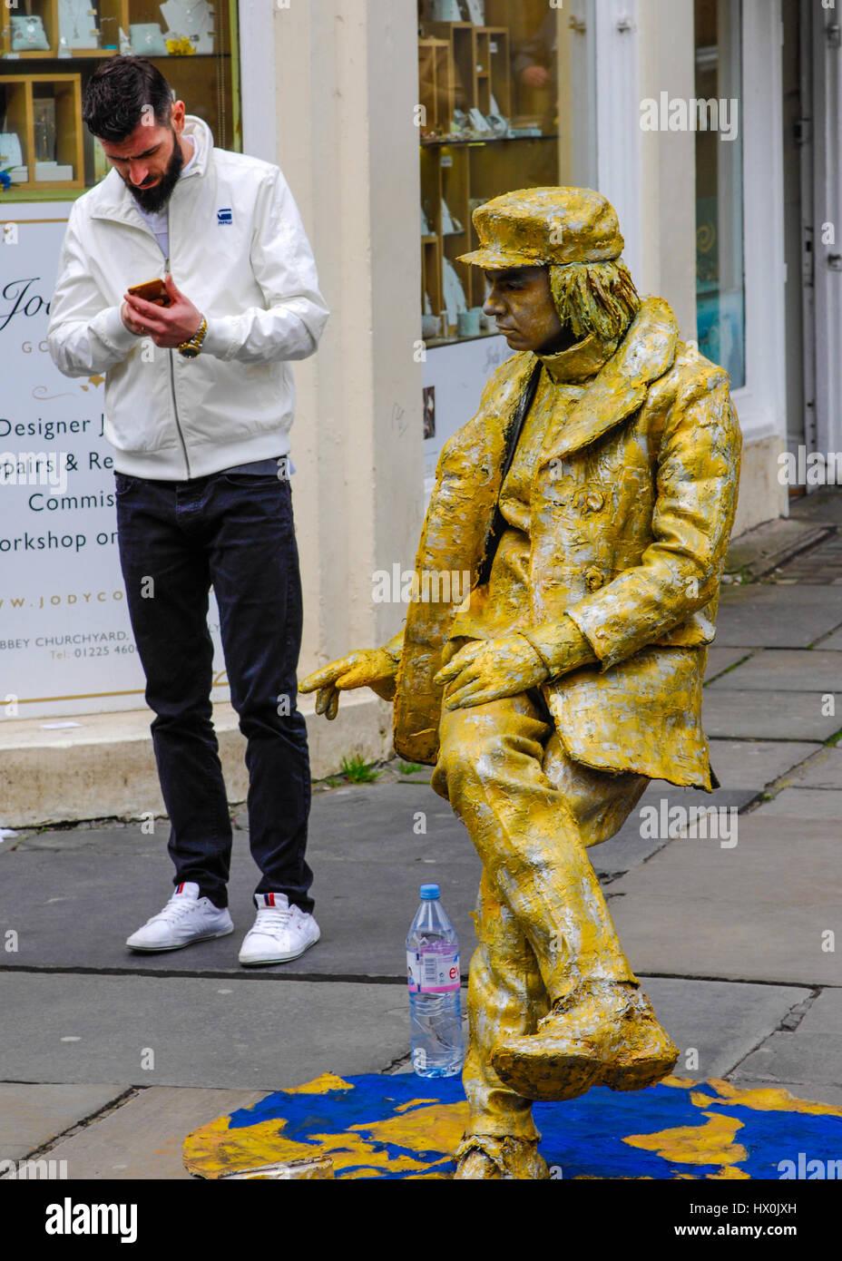 Mime street artist in Bath England UK - Stock Image