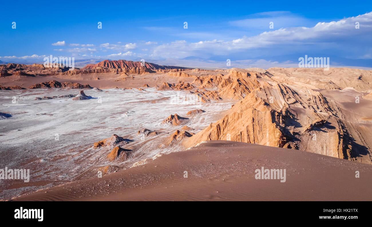 Valle de la Luna landscape in San Pedro de Atacama, Chile - Stock Image