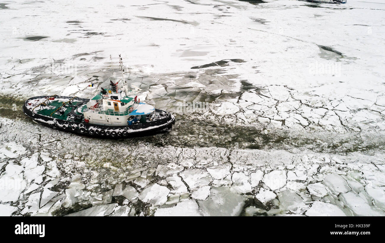 LAINICI icebreaker, break the ice on the Danube, in Braila on 11 jan 2017 - Stock Image