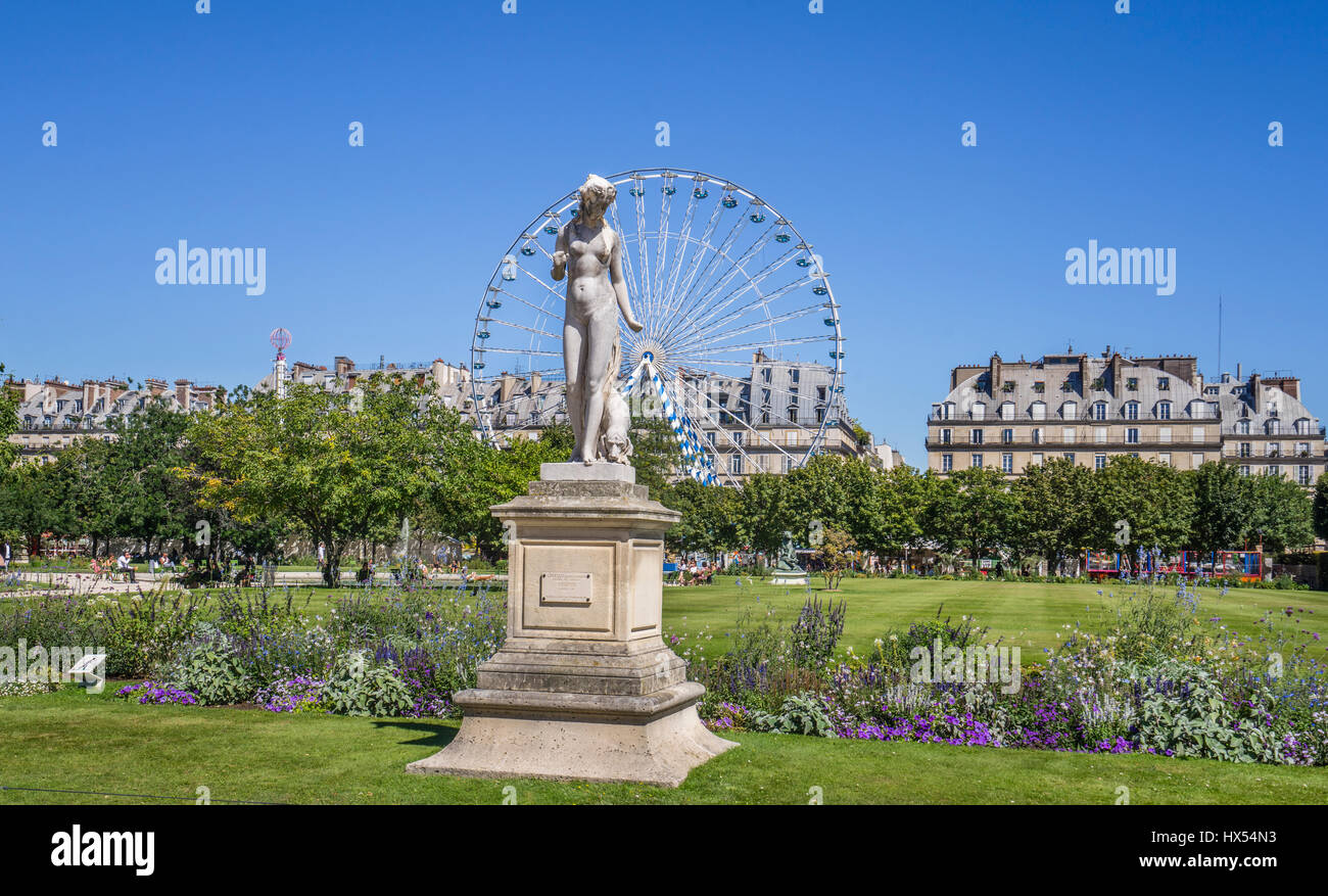 France, Paris, Tuileries Gardens, statue of a Nymphe by Louis Ernest Barrias - Stock Image
