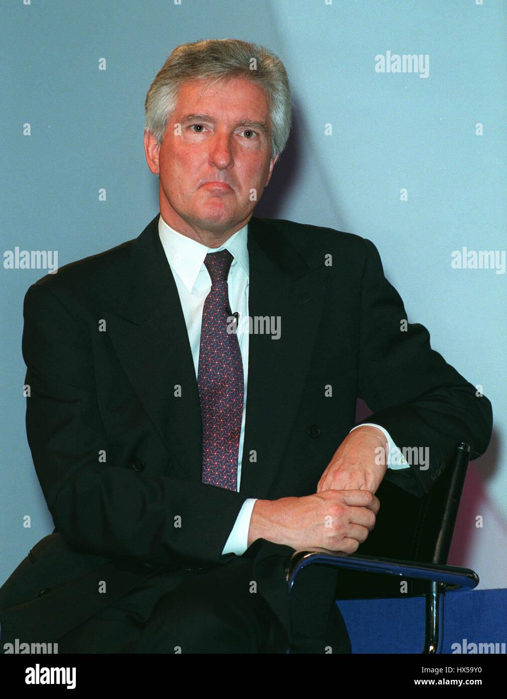 JOHN MAPLES MP SHADOW HEALTH SEC. 16 October 1997 - Stock Image