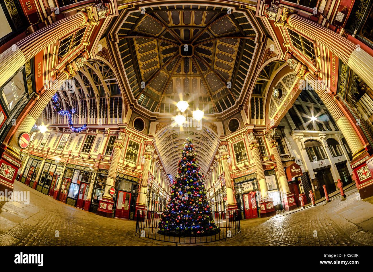 Leadenhall Market christmas tree fisheye scene - Stock Image