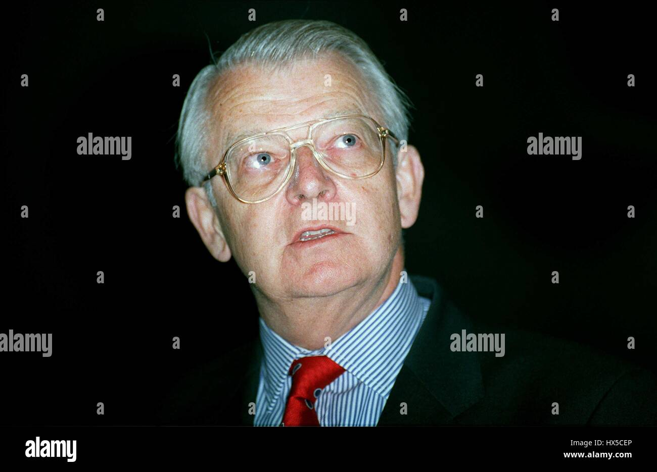 SIR PETER WALTERS PRESIDENT INST. OF DIRECTORS 13 May 1992 - Stock Image