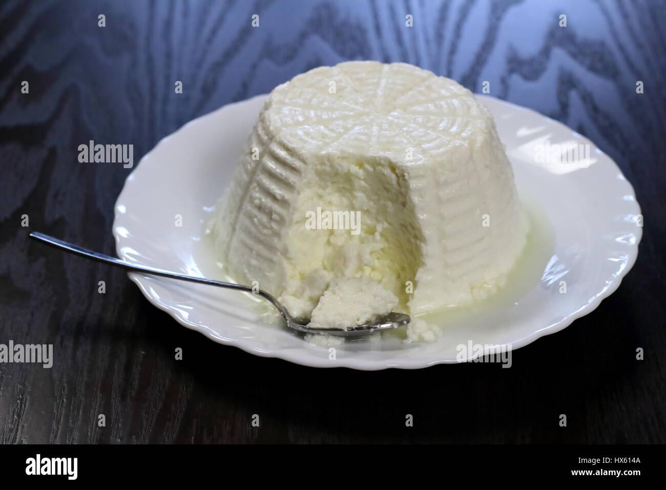 1 pint ricotta cheese