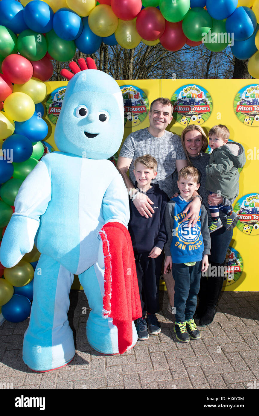 EDITORIAL USE ONLY Simon Gregson And Family Attend The