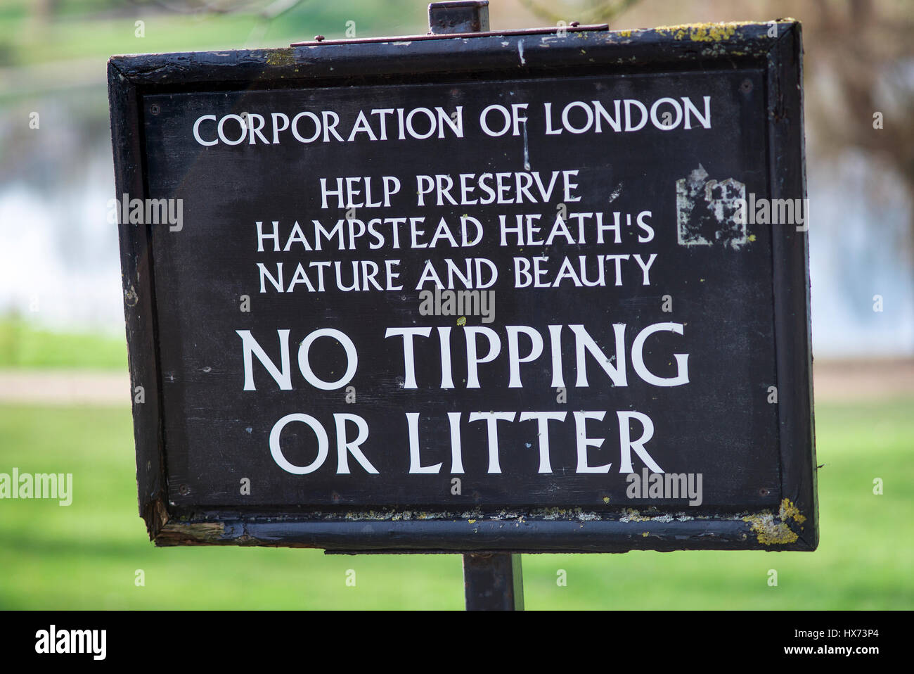 corporation of London sign. No tipping or litter, help preserve hampstead heath's nature and beauty - Stock Image