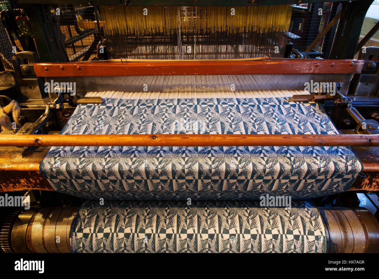Textile Mill Loom Stock Photos & Textile Mill Loom Stock