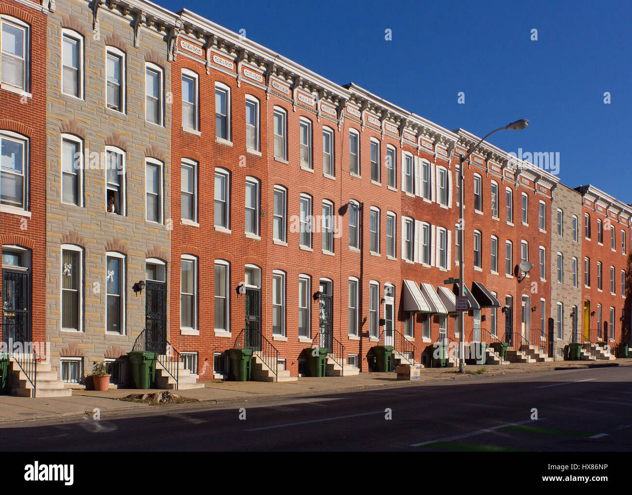 Baltimore rowhouses on Biddle Street. - Stock Image