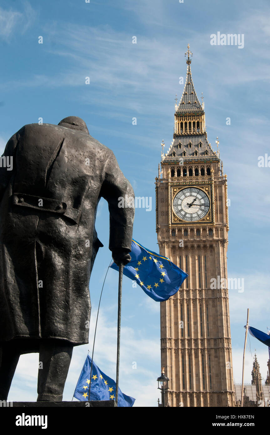 Unite for Europe March on Parliament  25th March 2017 , London. Statue of Winston Churchill, Big Ben and European - Stock Image