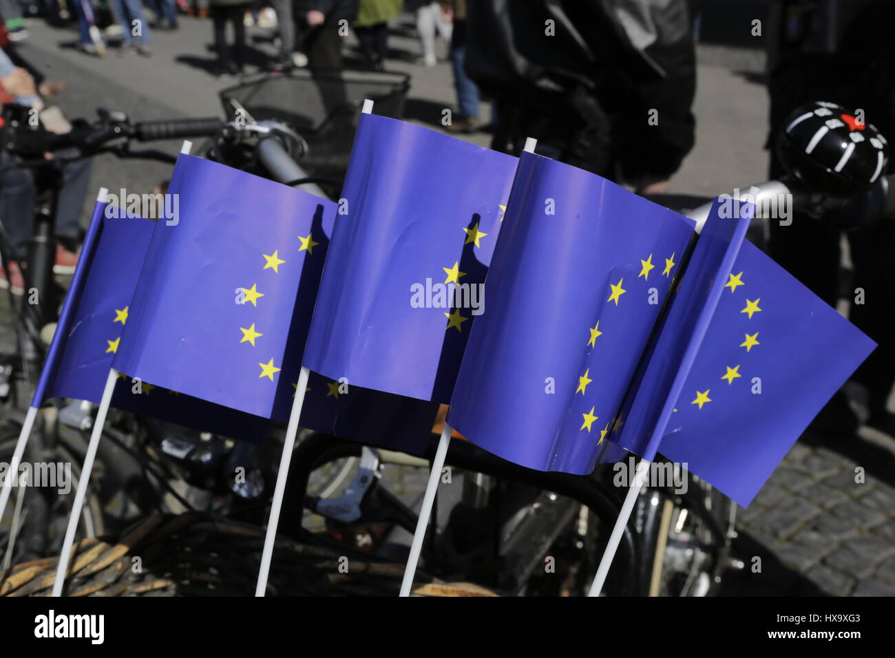 Frankfurt, Germany. 26th Mar, 2017. 5 small European Union flags are attached to a bicycle. Around 5,000 activists - Stock Image