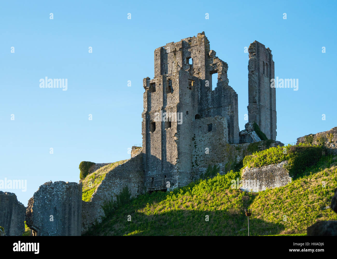 The historic remainds of Corfe Castle, Corfe Castle, Isle of Purbeck, Dorset, UK - Stock Image