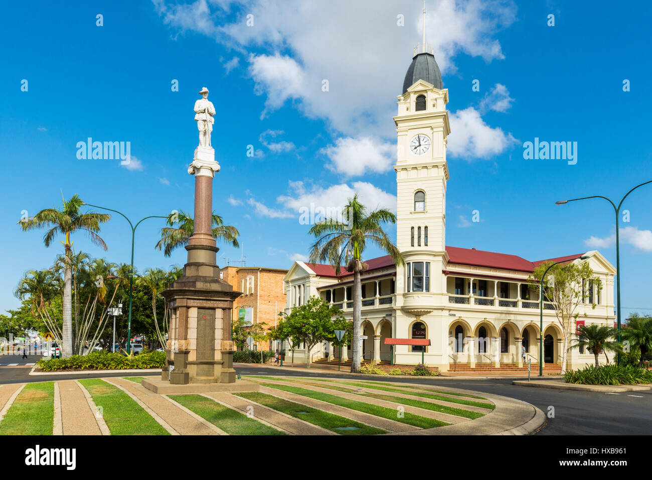 The Bundaberg Post Office and clock tower, along with the Cenotaph War Memorial in the city centre.  Bundaberg, Stock Photo