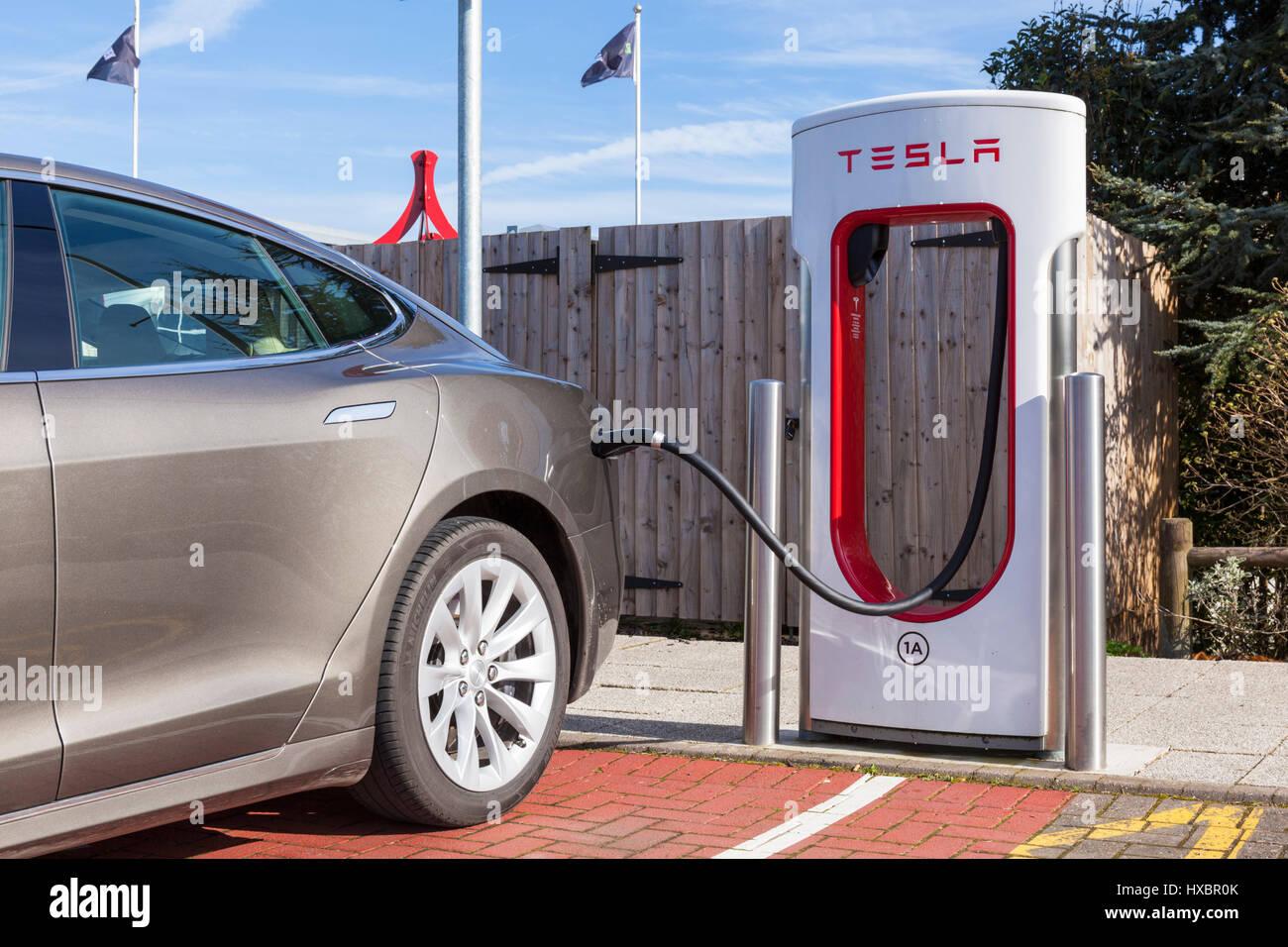 tesla car tesla charging tesla model s charging tesla supercharging tesla supercharger - Stock Image