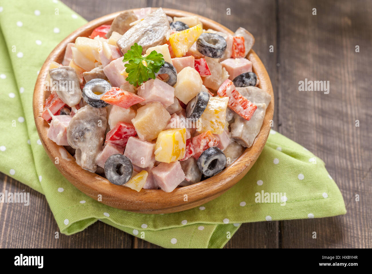 Variations of salad with mushrooms and crab sticks: recipes with photos 72