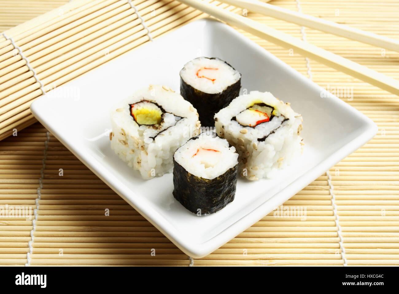 Sushi Chopstick Mat Sushi Mit Stock Photos Sushi Chopstick Mat