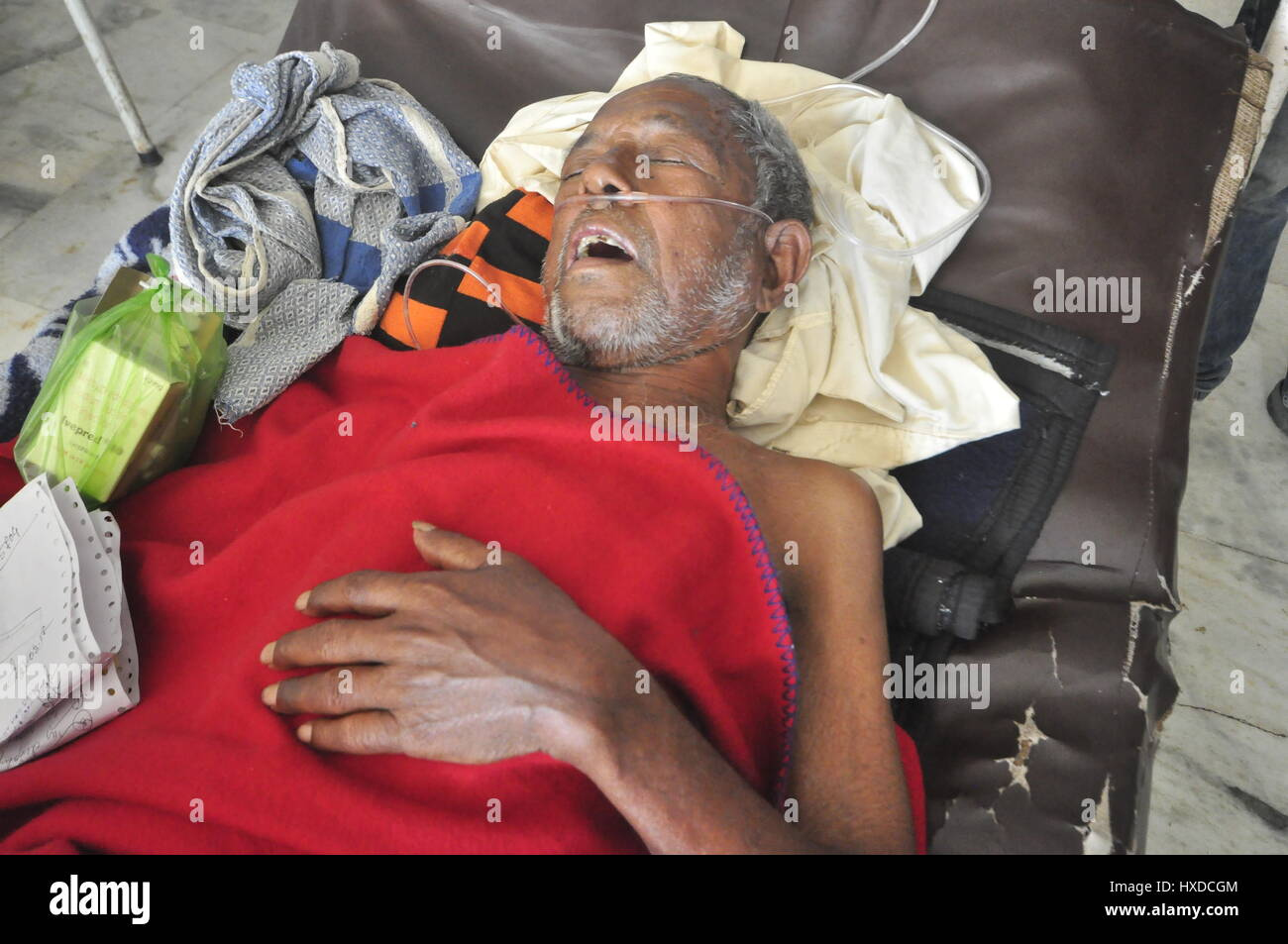 An Indian TB patient -  24/03/2017  -  India / Tripura / Agartala  -  INDIA,TRIPURA-:An Indian TB patient is struggling - Stock Image