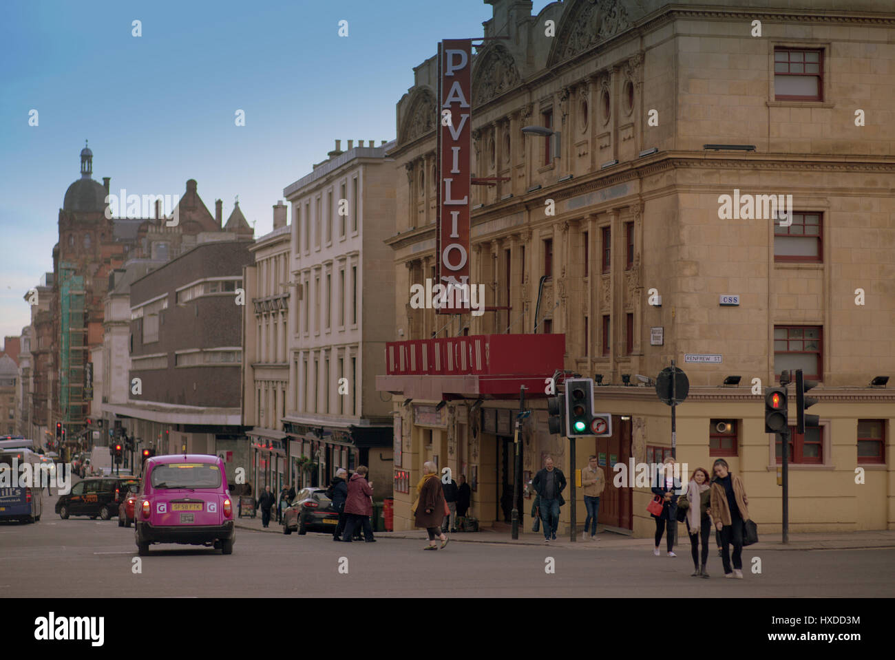 Renfield St Pavilion theater theatre pink taxi Glasgow street scene cityscape - Stock Image