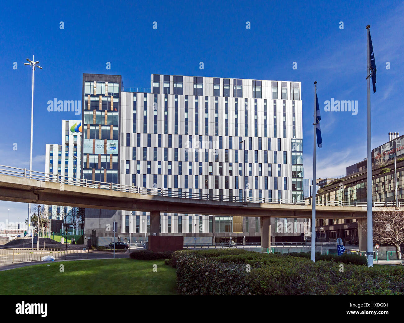 The St Vincent Plaza office building fronting Scottish Power building beside the M8 motorway in central Glasgow - Stock Image