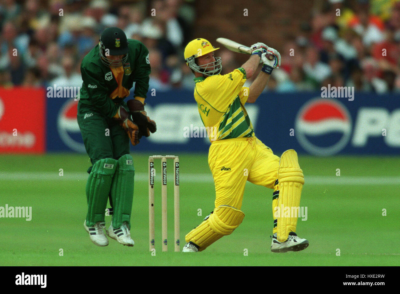 STEVE WAUGH DURING HIS 120 AUSTRALIA V SOUTH AFRICA 13 June 1999 - Stock Image