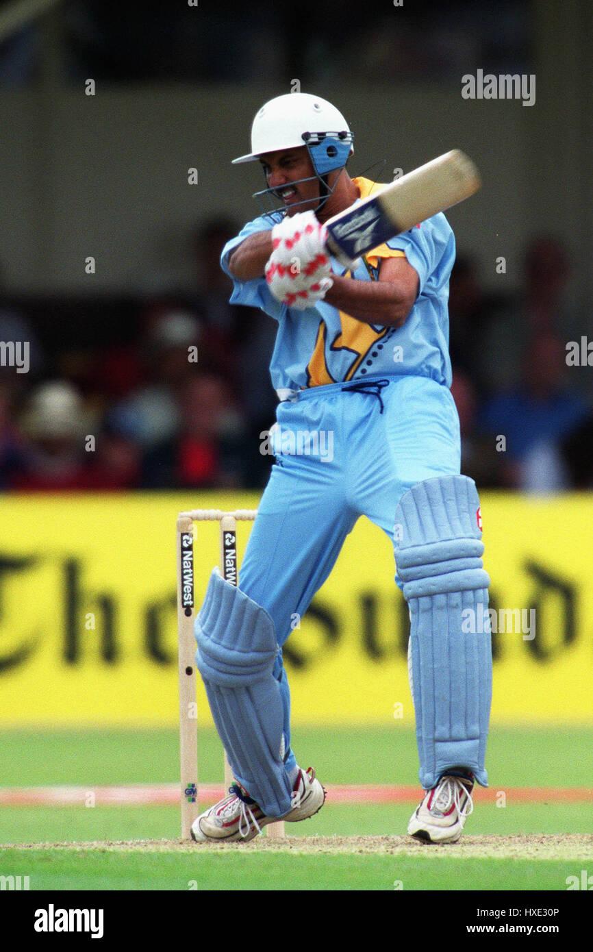 MOHAMMED AZHARUDDIN INDIA & DERBYSHIRE CCC 29 May 1999 Stock Photo