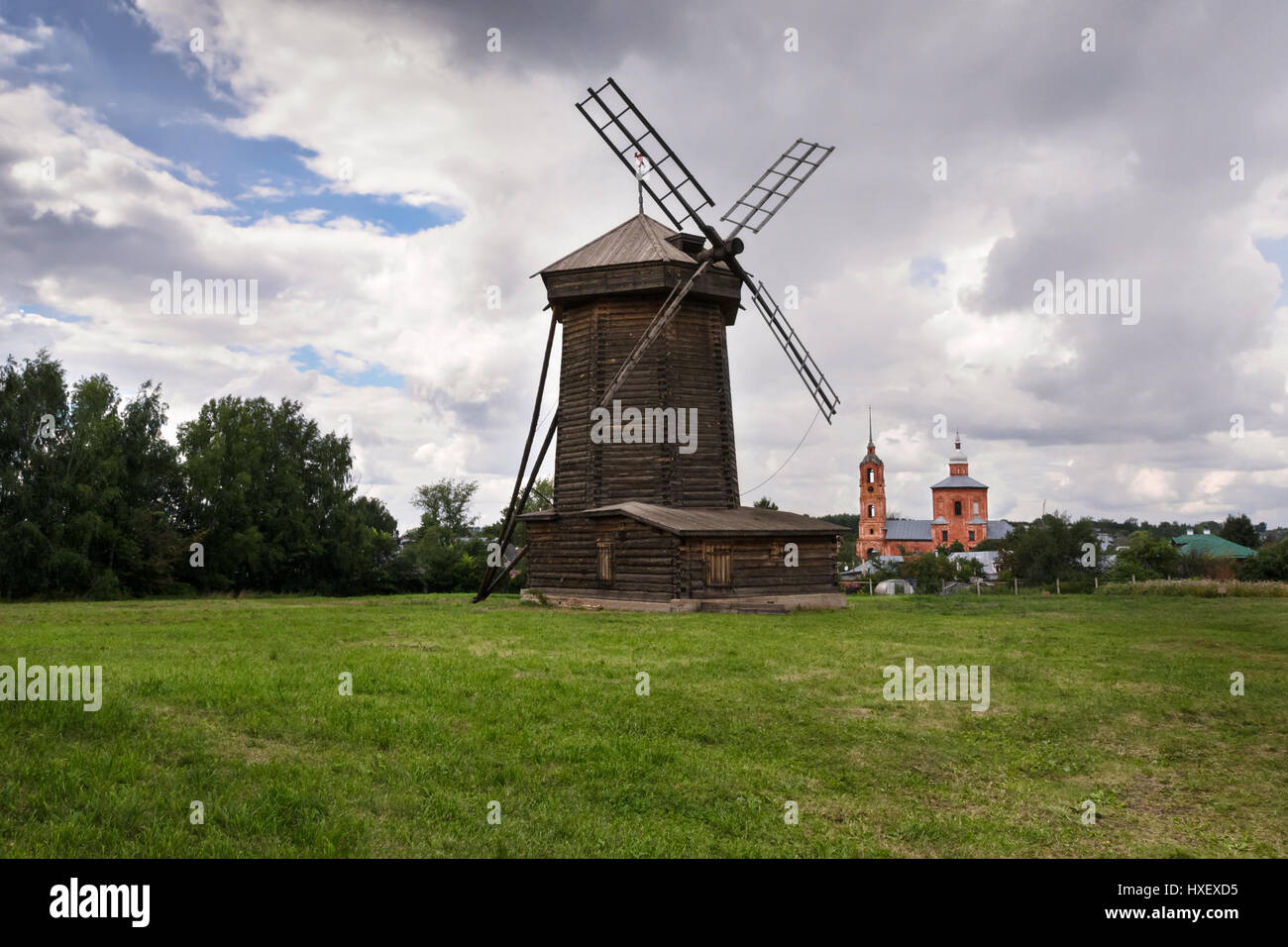 Old wooden windmill in Suzdal - Stock Image