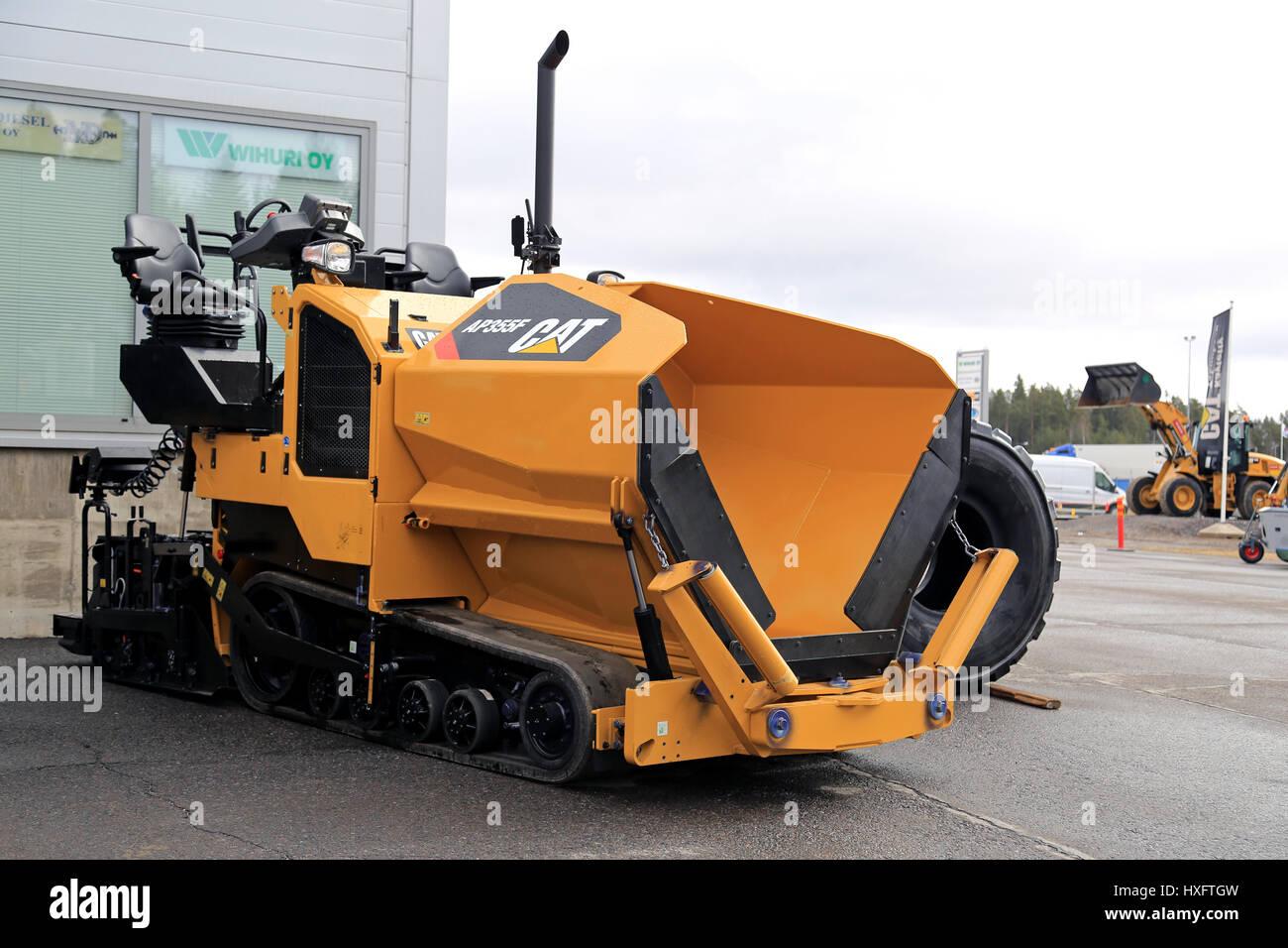 LIETO FINLAND - MARCH 25 2017: Cat AP355F asphalt paver seen at the Stock Photo: 136802201 - Alamy