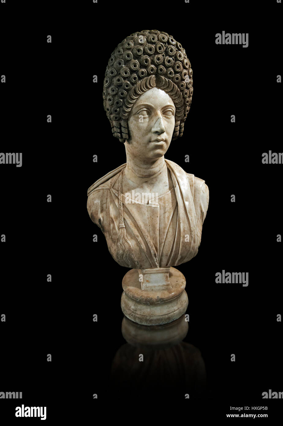 Roman women sculpture with typical Trajan period hair style, Late Trajan period 98-117 AD, inv 6074, Naples National - Stock Image