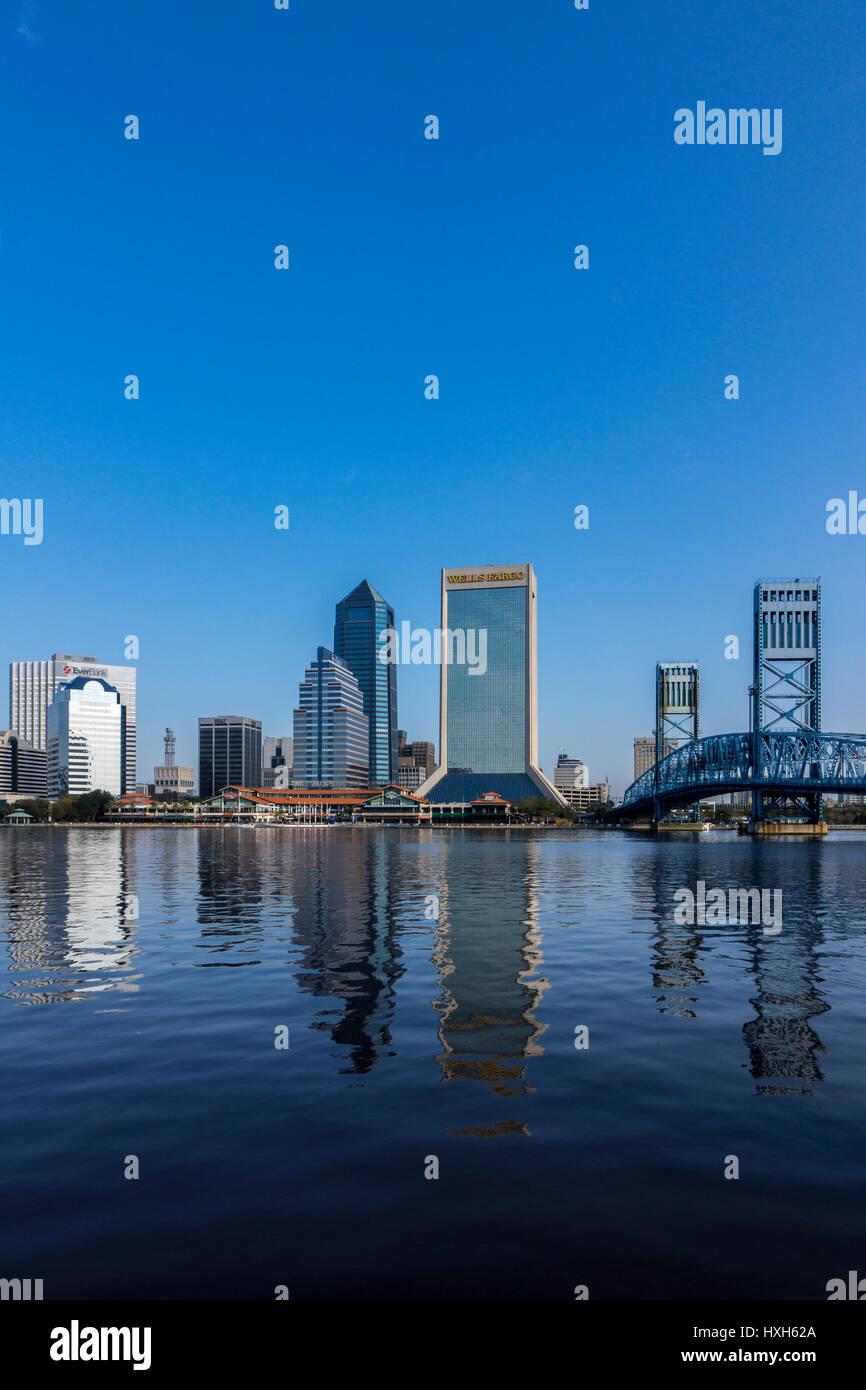 Jacksonville skyline over St Johns River, Florida, USA Stock Photo