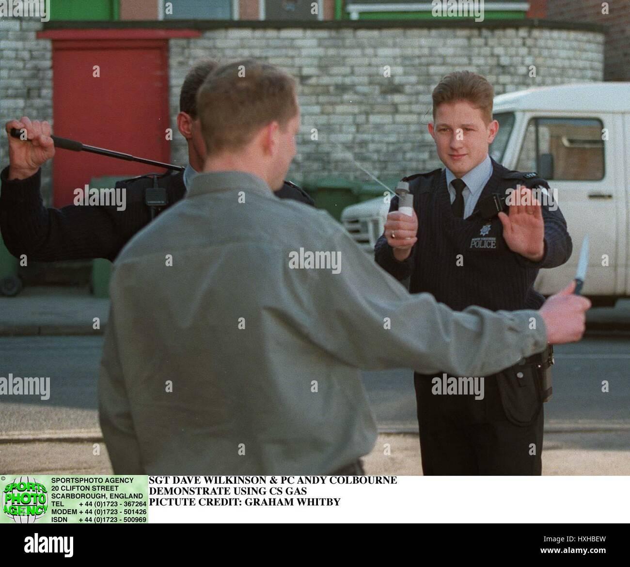 SCARBOROUGH POLICE TEST CS 4 CS SPRAY TEST 04 April 1996 - Stock Image