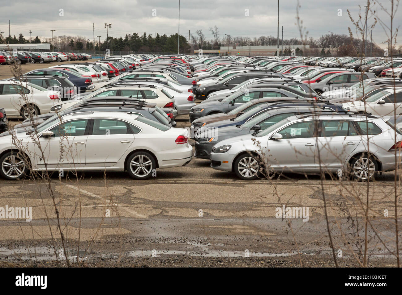 Pontiac, Michigan - Thousands of Volkswagen diesel vehicles are parked at the vacant Pontiac Silverdome. VW bought - Stock Image