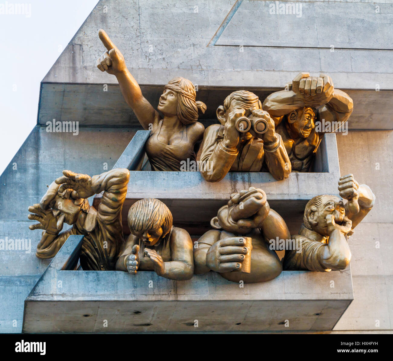 Michael Snow's sculpted figures, The Audience, on the outside of the Rogers Centre, Toronto, Ontario, Canada. - Stock Image