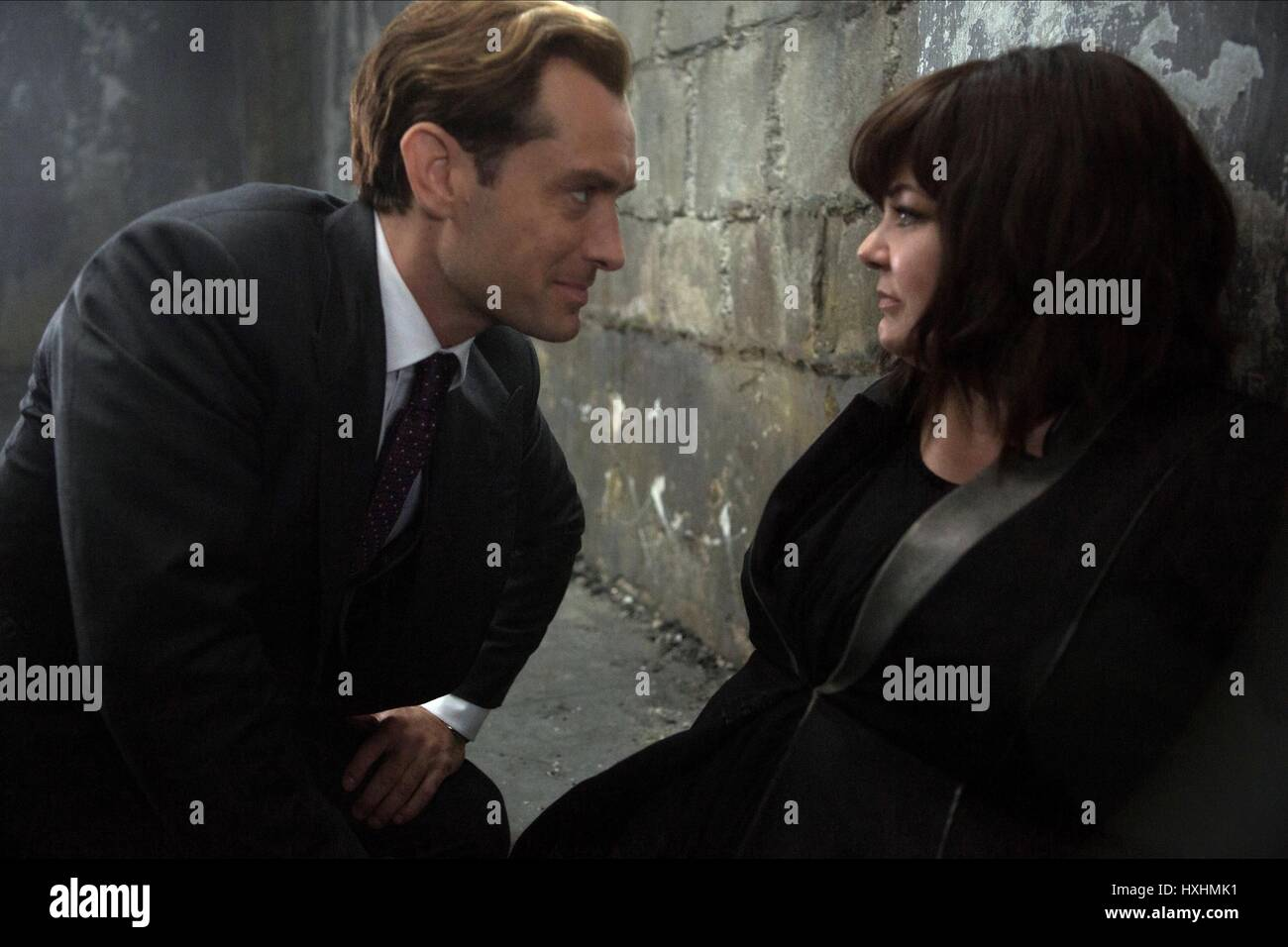 Jude Law Melissa Mccarthy Spy 2015 Stock Photo Alamy