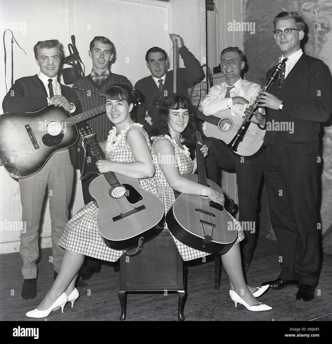 1965, sixties guitar or folk group, England, UK. - Stock Image