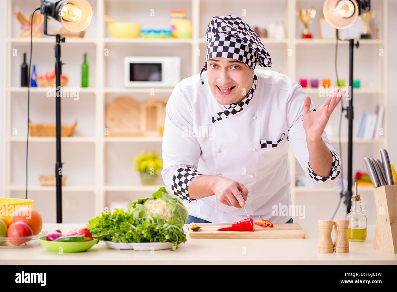 Food cooking tv show in the studio Stock Photo: 136854169 - Alamy