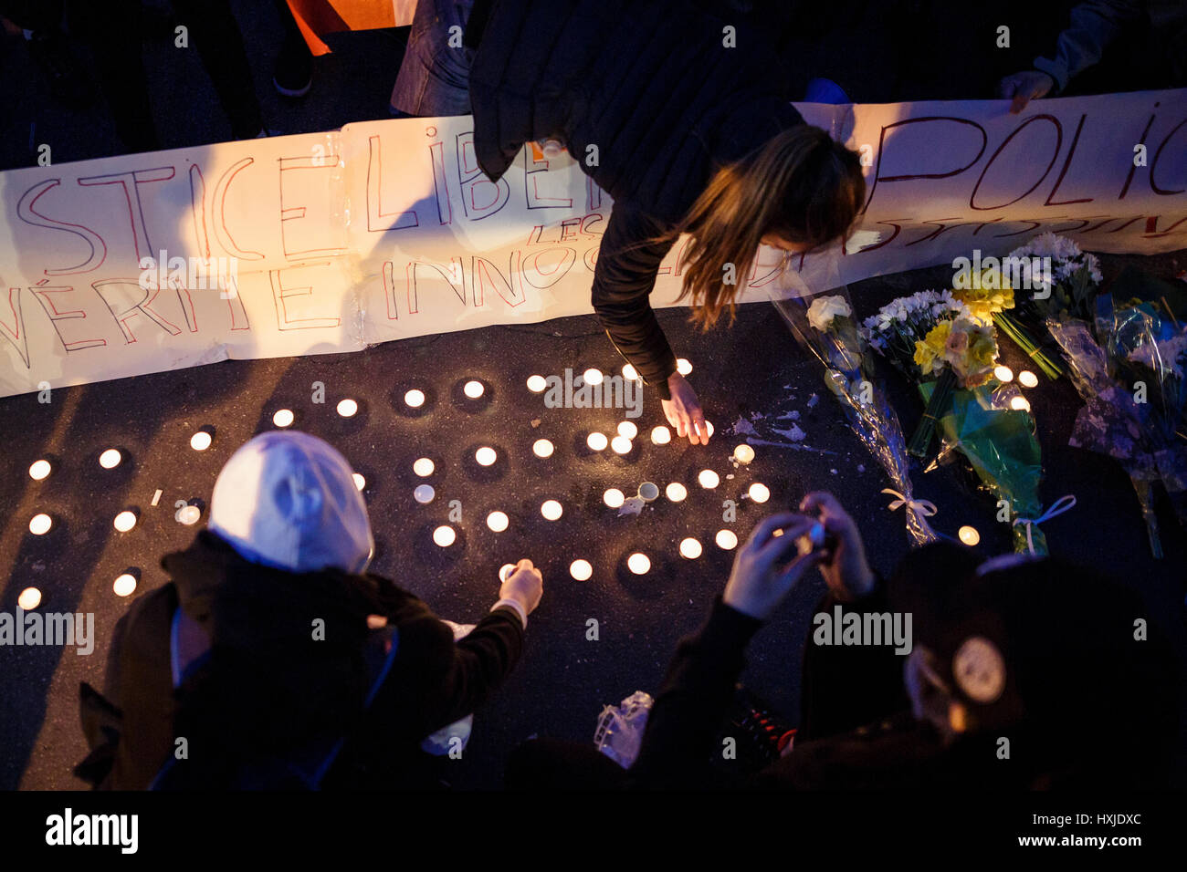 Protest of the Chinese community of Paris in support of the death of Liu Shaoyo. -  28/03/2017  -  France / Ile - Stock Image
