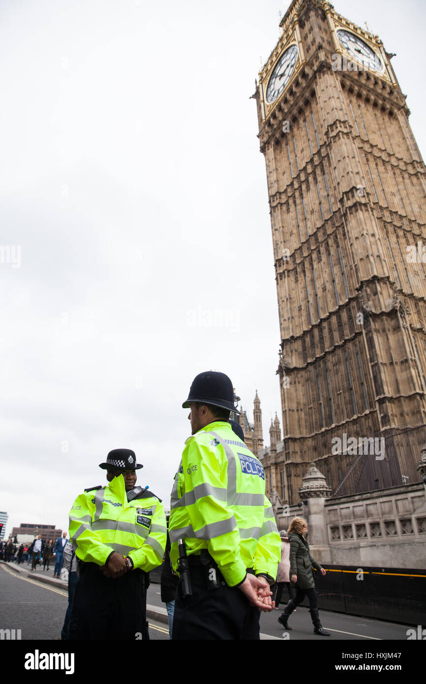 London, UK. 29th March, 2017. Police officers on Westminster Bridge during a tribute by the Metropolitan Police, - Stock Image