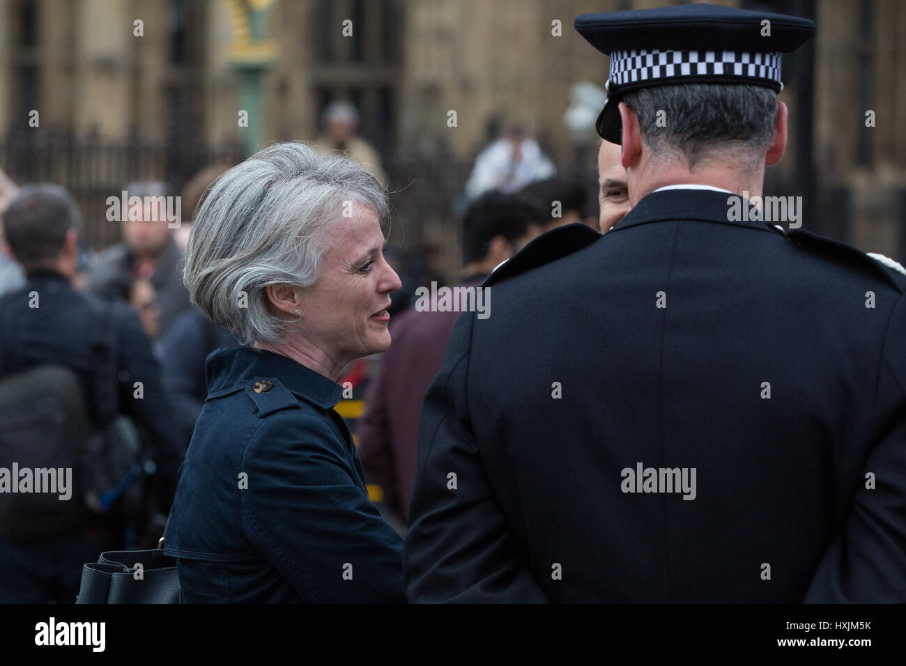 London, UK. 29th March, 2017. Sophie Linden, London Deputy Mayor for Policing and Crime, speaks to a police officer - Stock Image