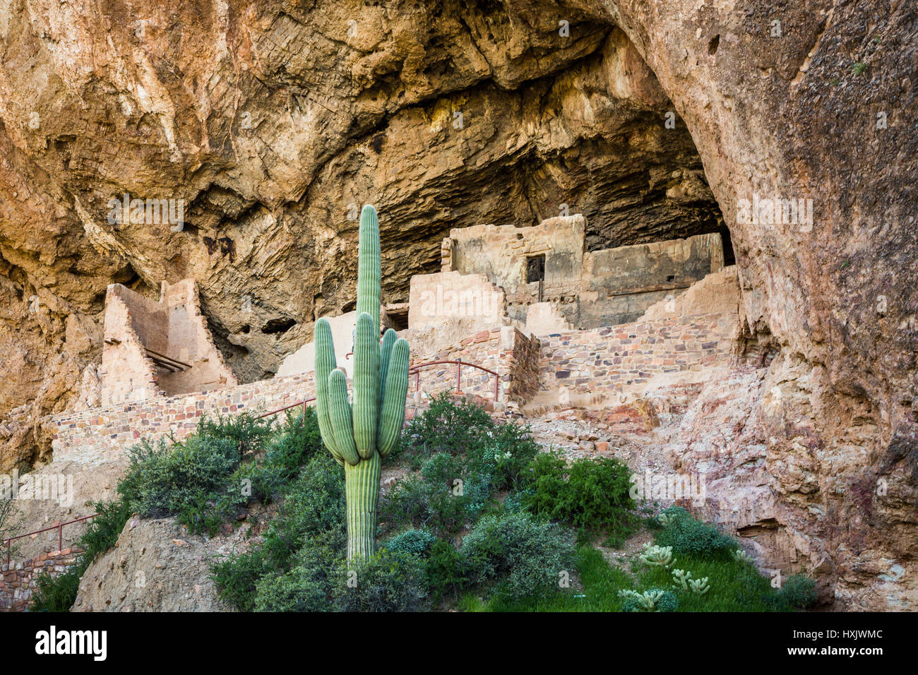 The Lower Cliff Dwelling of the Tonto National Monument, Arizona, USA. - Stock Image