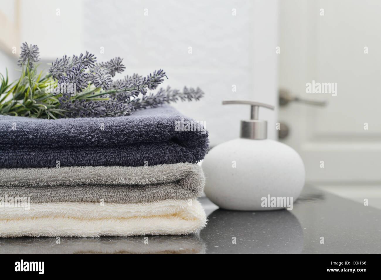 Laundry Folded Towels Stock Photos & Laundry Folded Towels Stock ...