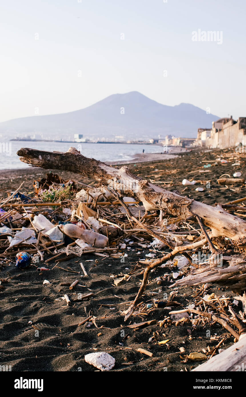garbage and wastes on the beach - Stock Image