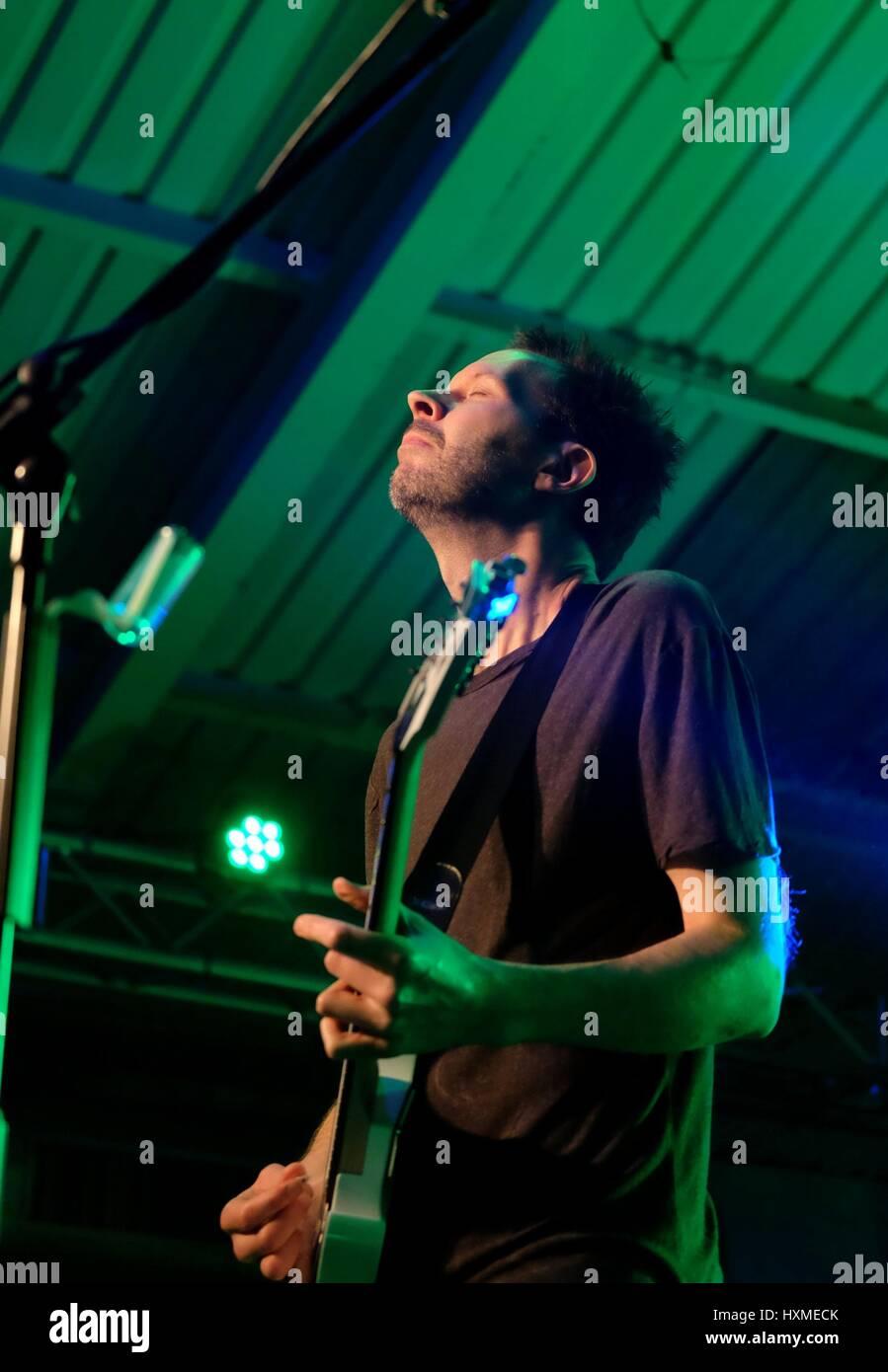 Engine Rooms, Hampshire, 5th November 2016,  UK. American progressive rock singer Paul Gilbert  performing live - Stock Image