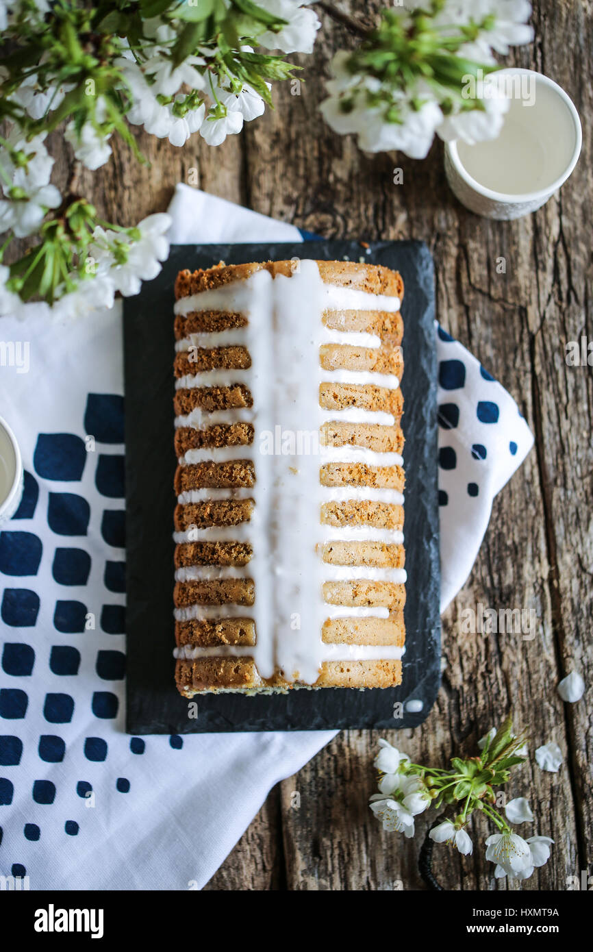 Poppy seeds and lemon loaf cake - Stock Image