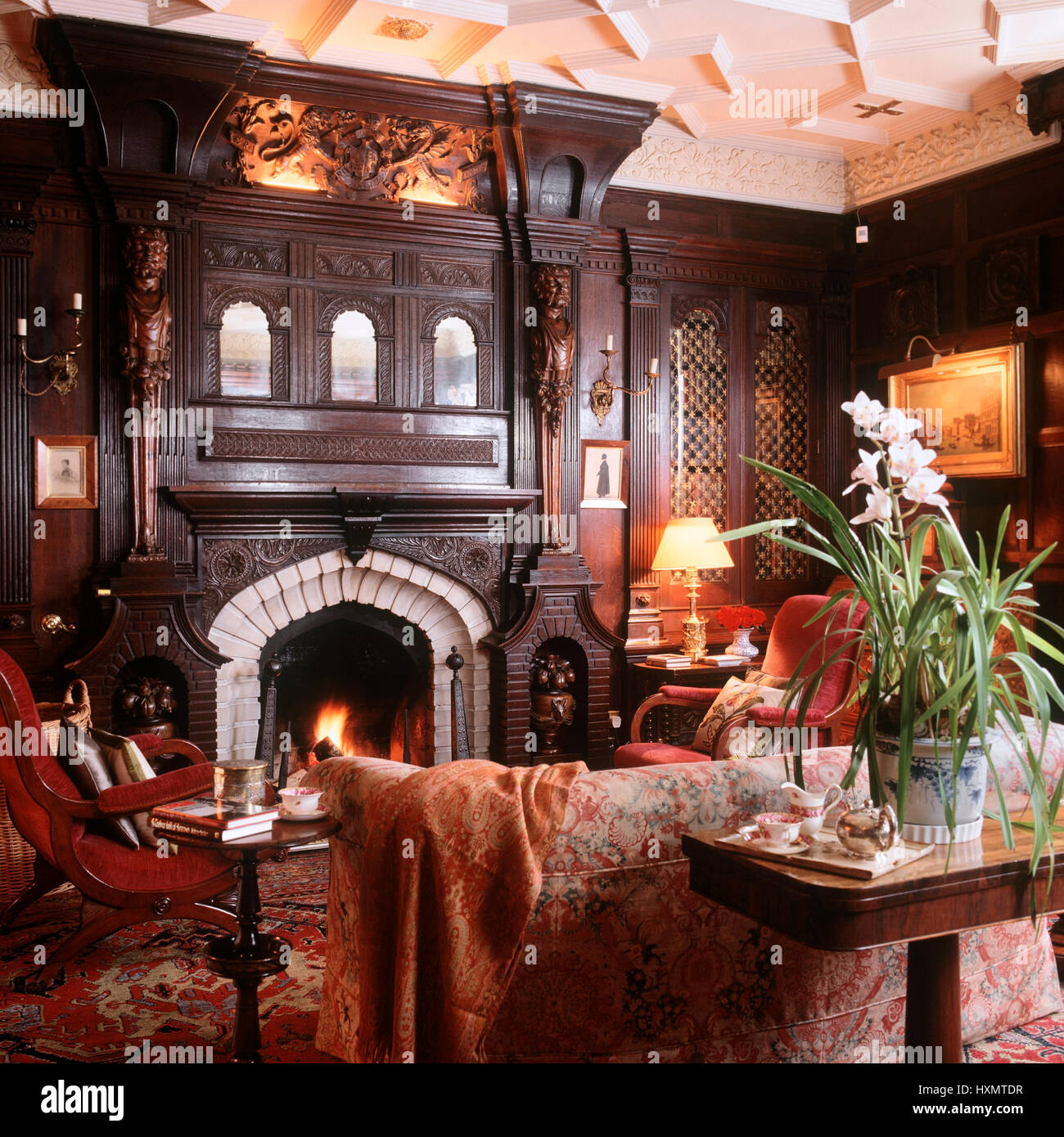 Victorian Style Living Room High Resolution Stock Photography And Images Alamy