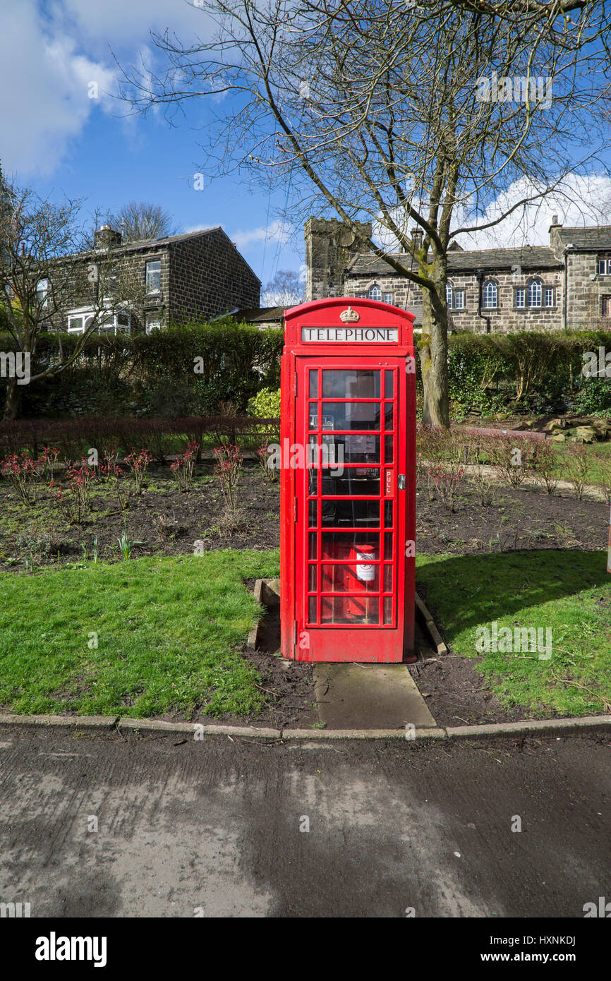 Traditional Red British Telephone box - Stock Image