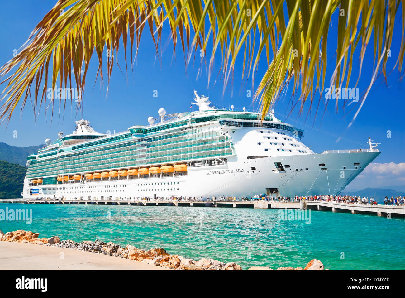 Royal Caribbean cruise ship Independence of the Seas docked at the