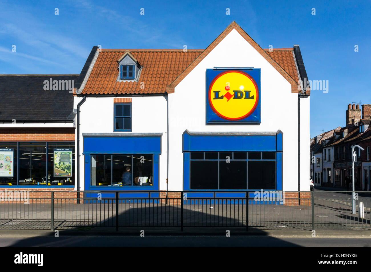 Branch of Lidl supermarkets in King's Lynn, Norfolk, UK - Stock Image
