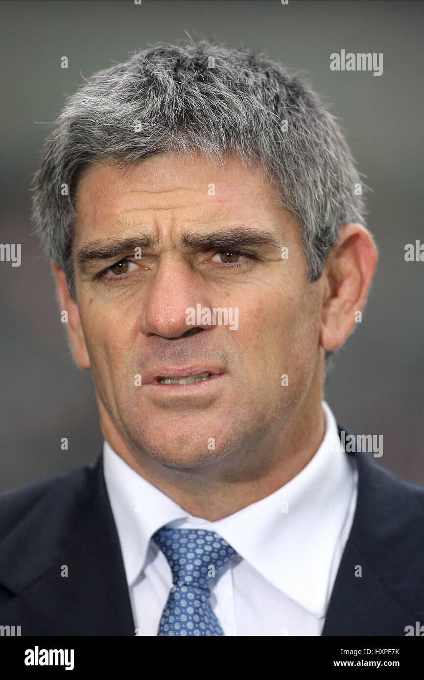 NICK MALLETT ITALY RUGBY UNION COACH TWICKENHAM MIDDLESEX ENGLAND 07 February 2009 - Stock Image