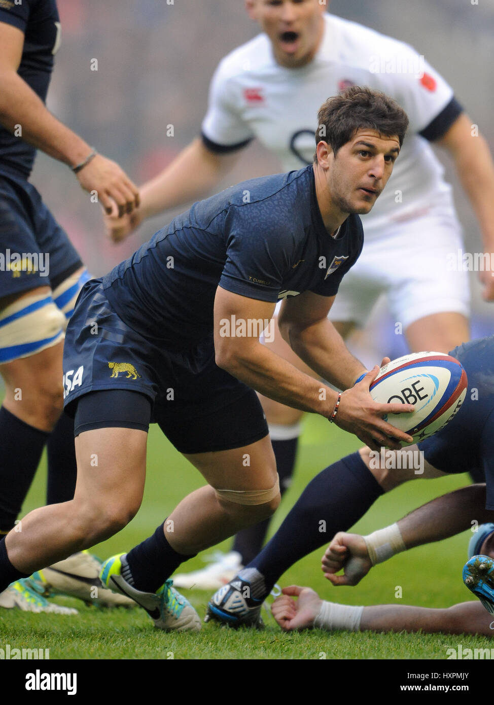 TOMAS CUBELLI ARGENTINA RU ARGENTINA & BELGRANO ATHLETIC TWICKENHAM LONDON ENGLAND 09 November 2013 - Stock Image