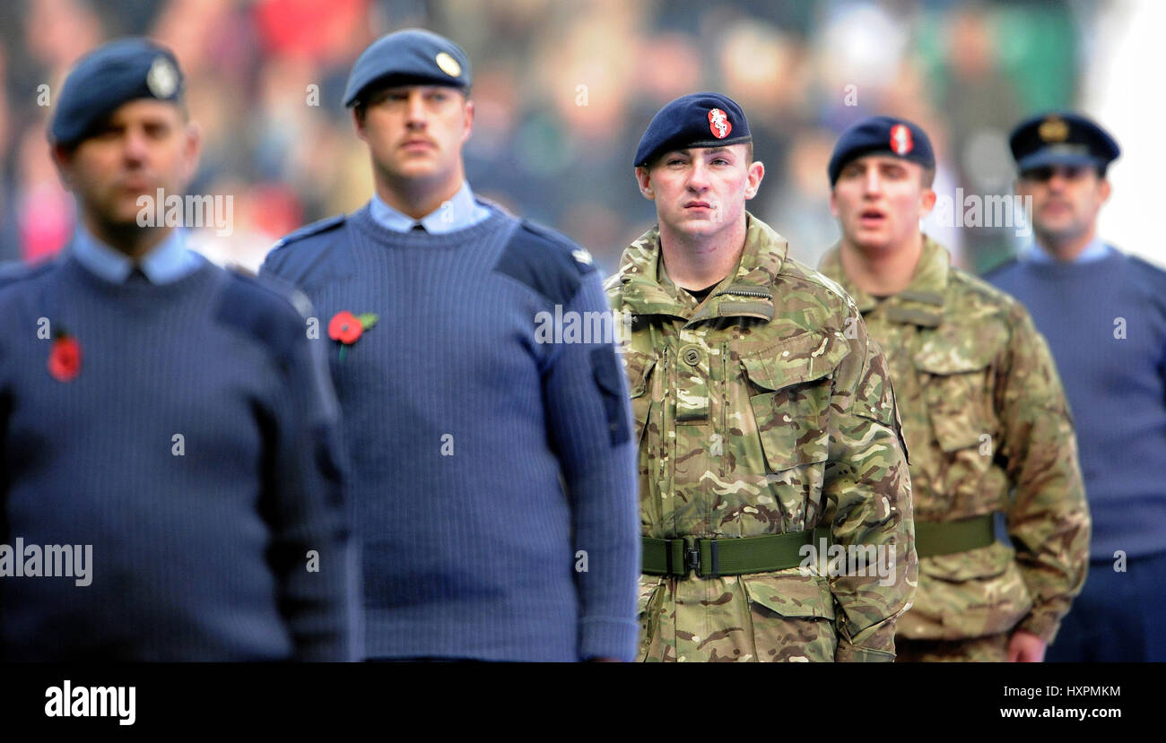 MEMBERS OF THE ARTMED FORCES ENGLAND V ARGENTINA ENGLAND V ARGENTINA TWICKENHAM LONDON ENGLAND 09 November 2013 - Stock Image